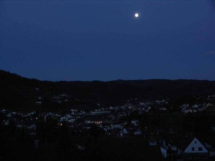Abenddämmerung über Adenau